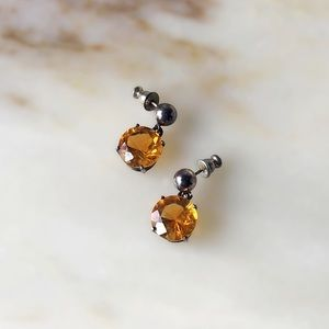 Vintage | Orange Dangly Studs